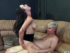 In order to make her tasty shaved pussy wet enough for hardcore sex, this brunette babe wanked it with vibrator before her lover fucked her hard
