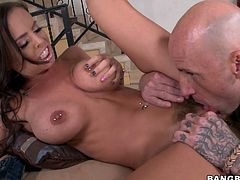 Splendid dark head bitch with big boobs and hairy pussy is moaning wild while getting her coochie polished properly by thirsty dude. He also stretches her pussy lips exposing her privates in all the glory. Later in a clip Brandy gives stout blowjob.