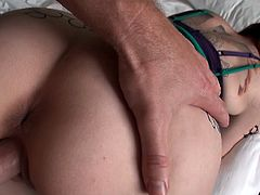 Blue eyed red head allows her boyfriend to penetrate her ass hole