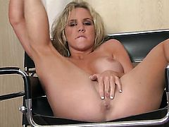 Ainsley Addison touches her dripping wet muff as she has fun alone on cam