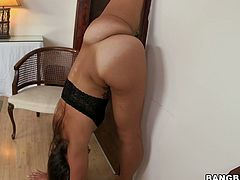 She likes to flex and suck a large fat cock and swallow cum