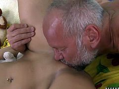 She is sexy brunette with her nice titties and fresh looking pussy who got fucked by this old and big bearded guy.Watch him enjoying that penetration in to her in 21 Sextury sex clips.