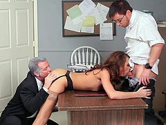 Skinny brunette slut Katie Jordin in black undies gets tight ass licked good by mature fucker Eric Masterson while sucking nerdy dude Dane Cross in provocative threesome in the office.