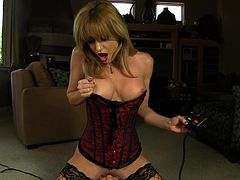 Superb Angela Sommers looks staggering by masturbating hard with her new toy