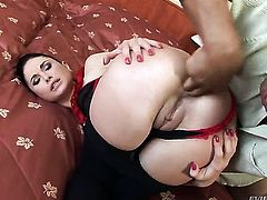 Kid Jamaica makes his stiff rod disappear in beautiful Alma Blues butt