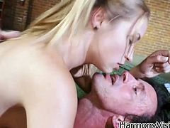 Blonde sweety Alyssa Branch is screwed hard missionary style