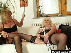 Very naughty amateur moms fingering and toying each other in kink lesbian action
