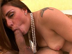 Feeling such massive dick sliding her warm lips makes hottie needie to swallow