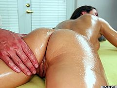 The gorgeous Lizz Tayler enjoys a massage before getting all oiled up and fucked hard by the masseuse's dick.