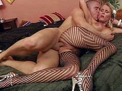 Pigtailed blonde chcik Laura Crystal with big tits and nice ass is a horny girl that loves deep hard pussy pounding so fucking muck. She gets her hole drilled with her black pantyhose on.