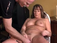 Impressive Vivian gives stunning blowjob while masturbatign her chubby cunt