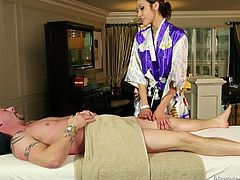 geisha offers the perfect massage