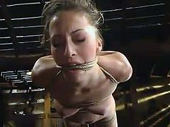 Today we are featuring this sex diva Veronica Jett, who is going to live through some insane methods of humiliation! Babe loves pain!