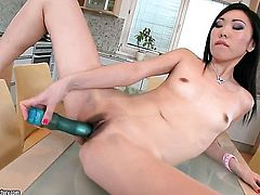 Teen Yiki is curious about dildoing her vagina on cam