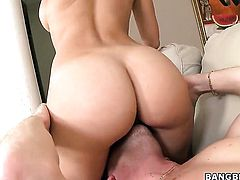 Rachel Starr with juicy tits and smooth bush gags on guys stiff worm