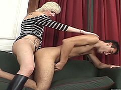 This compilation is devoted to nasty transsexual babes. They suck big cocks and fuck dudes in their asses. Of course they also ride big dicks and masturbate.