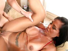 Sonny Hicks inserts his meat stick in devilishly sexy Viana Milians mouth