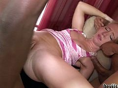 You are right here to be pleased with one another gangbang sex video produced by Fame Digital porn site. Hell working slut gives blowjob and gets her ass hole drilled.