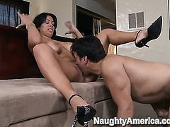 Chica Sienna West with massive jugs takes Anthony Rosanos cum loaded rod in her bush