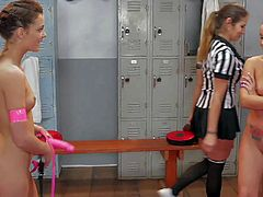 Teens Kieara Winters and Lola Foxx get nasty