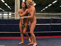Blonde Lucy Belle and Donna Bell are in the mood for lesbian sex