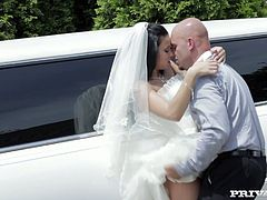 Bestman stopped the limousine on the quiet road and got laid with amazingly hot brunette bride Victoria Blaze. Shameless whore got on her knees and sucked that big fat cock with pleasure.
