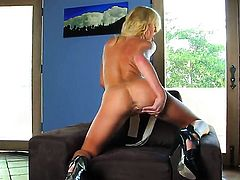 Victoria White with small boobs and hairless cunt makes her sexual fantasies cum true in solo scene