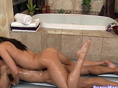 Taking a shower with Tiffany can be one hell of an experience but just wait to see what else she has prepared for her man. After they've showered together they went in the bath tub where Tiffany knelt and sucked him hard. After all that it's time for a soapy, sensual massage. Surely this beauty wants to make him cum!