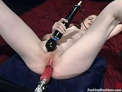 This horny and luscious blond babe Nicole Scott is so fucking hungry! She gets naked and a fucking machine makes her day!