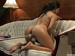 This smoking hot and lusty babe Jynx Maze is wondering us with a fucking machine. She oils herself up and runs that device deep in her hot snatch!