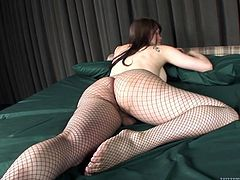 sexy tranny in fishnet pantyhose @ she male fuck hotel #07 part 1