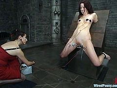 Well, BDSM fantasies don't have any limits, where there is JP! She spreads her legs wide and gets tortured in a refined way!