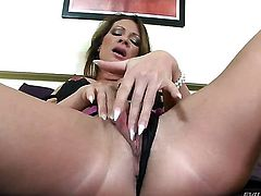 Pamela Smile sucking like it aint no thing in oral action with Ian Scott after backdoor sex