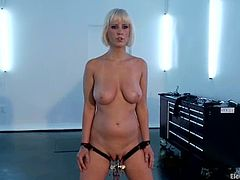 Nasty Cherry Torn gets her gagged and tied up by unmerciful Aiden Starr. Then she also gets stimulated with electricity and toyed with a vibrator.