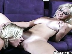Blonde Sammie Rhodes with juicy jugs and smooth bush fucks herself like crazy in solo scene