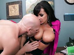 Johnny Sins pops out his snake to fuck cute Lisa Anns vagina