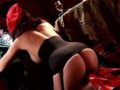 Cindy Dollar is super hot bitch with amazing oral skills. Her jugs are bouncing when she got that big black cock up her horny mouth!