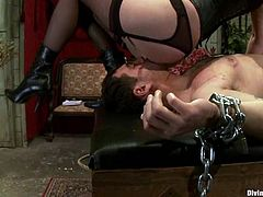 Horny blonde chick whips Curt Wooster and fix claws to his nipples. Later on she also tortures his dick and gets her pussy licked.