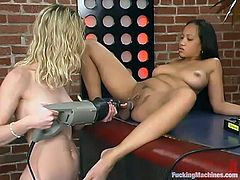 Two smoking hot babes are having a synthetic threesome with a fucking machine! Babes are so damn hungry and they are going to take the most out of that machine!