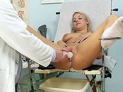 Kristina Rud is feeling amazing by having this horny doc stimulating that puffy twat