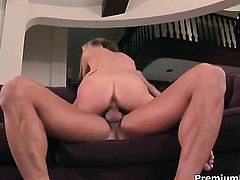 Jeanie Marie gets drilled by hot guy the way she loves it