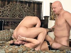 John Magnum has a nice time fucking Roxanne Hall in the butthole