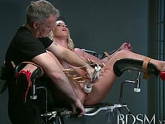 Master white forces submissive blonde to squirt
