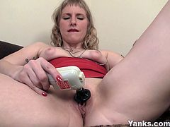 Horny mature slut Josie masturbates for you. She opens her legs wide and uses her fingers then her vibrator. She wants to experience deep orgasm like never before.
