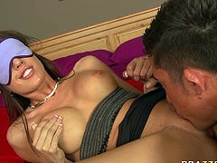 Watch this kinky and slutty babeCapri Cavalli getting a nice cunilingus from her new friend in her bedroom in Brazzers Network sex clips.