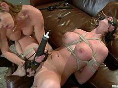Goregous Felony ties up and blindfoldes sexy Madison Scott. Then Madison gets her vagina fingered and toyed with a vibrator.
