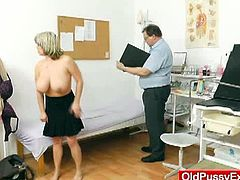 Stepanka is a really busty mature babe. She has her pussy washed by her gynecologist and then examined with a speculum. She wasn't shy about this procedure.