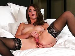 Shae Snow cant stop playing with herself
