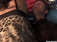 Tiffany Rayne does her best to make stud unload