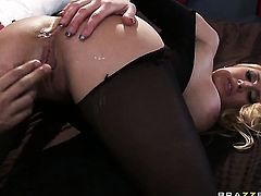 Keiran Lee seduces Alanah Rae into fucking and sticks his meat polein her asshole after headjob